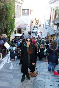 Wearing: Taifun coat, waistcoat, and jumper, Just Cavalli jeans and bag, Colors of California boots and Dolce & Gabbana sunglasses.